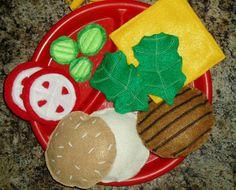 Adorable for a play kitchen!  Play Hamburger - Felt Hamburger - Felt Food - Play Food  #dteam
