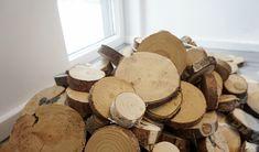Plastry drewna na ścianie - jak to zrobić samodzielnie? Wooden Wall Design, Wooden Walls, Earthy Home Decor, Recycled Wood, Home Interior Design, Firewood, Man Cave, Recycling, Plaster