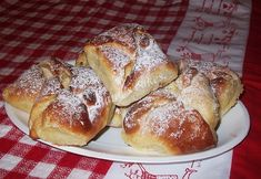 Branzoici Romanian Desserts, Romanian Food, Romanian Recipes, Food Cakes, Sweet Bread, Cake Recipes, Deserts, Food And Drink, Favorite Recipes