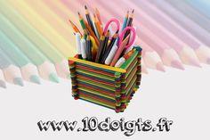 Un pot à crayons = 100 bâtonnets en bois. A vous de jouer !! :)