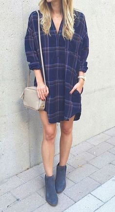 street style addiction bag + boots + drees