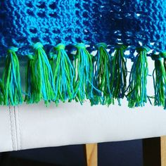 Fringes are one : work done here (blog update during the weekend)! Happy Friday you all!!!   #crochet #filet #turquoise #crochetconcupiscence #crochetcolourful #crochetanything #happywithahookinmyhands #happyfriday #crochetonmymind #crochetoninstagram #fringe #crochetforfriends #crochetcosy by homemadeatmyplace