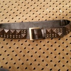 Steve madden studded leather belt Brown leather with distressed studs meant to look worn. Steve madden .  All prices are negotioable Bundle and save the most! . Steve Madden Accessories Belts