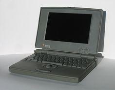 Il PowerBook 100 è un computer portatile subnotebook presentato da Apple Computer nel 1991 e ritirato l'anno successivo. Il computer era il successore del Macintosh Portable, un computer pesante e poco maneggevole. Il PowerBook 100 aveva prestazioni identiche a quelle del Portable ma era molto più leggero ed economico. Apple si era rivolta a Sony per la miniaturizzazione della scheda madre in modo da rendere il sistema leggero e veramente portatile. Il computer fu un grande successo…