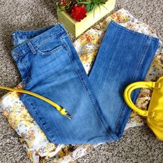"""HOST PICK Discounted Shipping for the next hr! Approx. Inseam 31"""" PRICE DROP UNTIL 12MN EST ONLY  7 for all Mankind Jeans Boot Cut"""