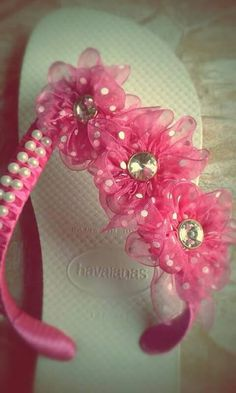 9 Amazing And Innovative Shoe Design Ideas Crochet Sandals, Crochet Shoes, Crochet Slippers, Beaded Shoes, Beaded Sandals, Flip Flop Slippers, Flip Flop Shoes, Designer Flip Flops, Decorating Flip Flops
