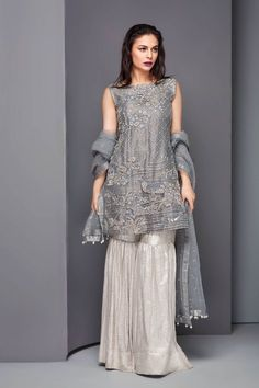 Pakistani Suits: The Amazing Designs For An Evening Party – Fashion Asia Pakistani Formal Dresses, Shadi Dresses, Pakistani Wedding Outfits, Nikkah Dress, Pakistani Bridal, Indian Dresses, Bridal Lehenga, Pakistani Gharara, Pakistani Couture