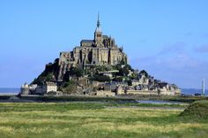 Independent Mont St-Michel Tour with Round-Trip Transportation from Paris Enjoy convenient round-trip transport from Paris to one of the most revered wonders of Europe, the fairy tale island of Mont St-Michel, off the coast of Normandy. Perfect for those who want to experience the iconic attraction independently, this day trip provides four hours of free time to explore the UNESCO World Heritage-listed Benedictine abbey and its surrounding village at your own pace. Don't miss ...