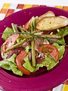 Recette Salade Landaise aux gésiers, notre recette Salade Landaise aux gésiers - aufeminin.com