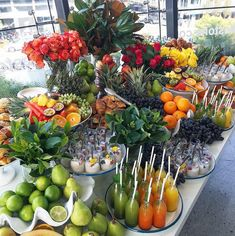 47 Ideas Breakfast Table Food Inspiration Brunch For 2019 Breakfast Buffet Table, Breakfast Table Setting, Brunch Buffet, Buffet Tables, Good Morning Breakfast, Breakfast On The Go, Eat Breakfast, Wedding Breakfast, Grazing Tables