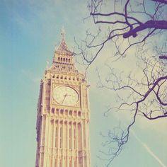 Image via We Heart It https://weheartit.com/entry/63569774/via/6457067 #clock #cute #london #tower #uk #UnitedKingdom