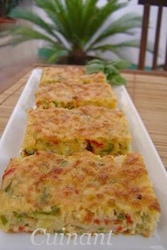 Cuinant: BIZCOCHO DE VERDURAS Y ATÚN Fish Recipes, Mexican Food Recipes, Vegetarian Recipes, Cooking Recipes, Healthy Recipes, Tapas, Good Food, Yummy Food, Salty Foods