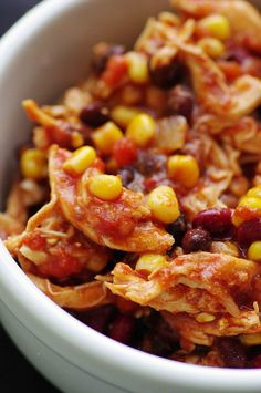 Crock pot chicken taco chili (I love crock pot recipes! Crock Pot Recipes, Ww Recipes, Slow Cooker Recipes, Mexican Food Recipes, Cooking Recipes, Healthy Recipes, Recipies, Healthy Eats, Delicious Recipes