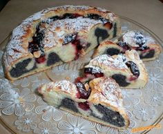 Makový šnek se švestkami Czech Recipes, Bread And Pastries, Gluten Free Cakes, Sweet Cakes, Pavlova, Desert Recipes, French Toast, Food And Drink, Cooking Recipes