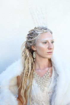 Snow Queen Halloween costume hair and make up by Tara at Meleesa the Salon. Snow Queen Costume, Queen Halloween Costumes, Witch Costumes, Halloween 2019, White Witch Narnia, White Witch Costume, Narnia Costumes, Witch Hair, Best Hair Salon