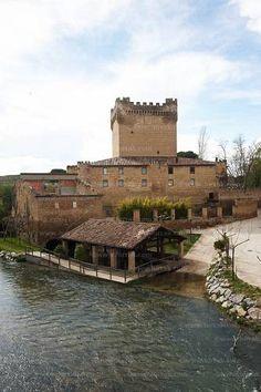 Castillo de Cuzcurrita del Río Tirón, La Rioja                                                                                                                                                                                 Más