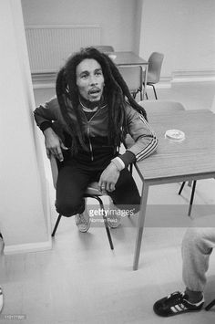 Black n white photo of Bob