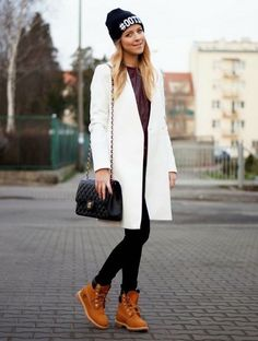 Casual Street Style Looks With Timberland Boots Timberland Outfits, Mode Timberland, Timberland Stiefel Outfit, Casual Street Style, Street Style Looks, Cold Weather Outfits, Winter Outfits, Style Outfits, Fashion Outfits