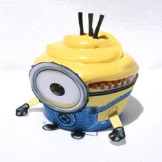 Despicable Me 2 - Inspired Minion Cupcake Wrapper (Instant Download)