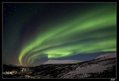 Shot on December 5th 2008 on Gratangsfjellet close to Tromsø and Narvik.. Canon 40D + EF-S 10-22mm, ISO 1600