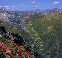 Passo Dello Stelvio, Italia - a drive you'll never forget!