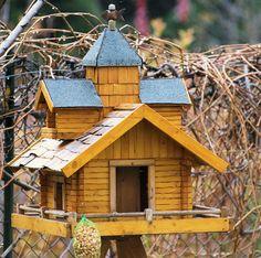 Unser selbstgebautes Vogelhaus - Bilder und Fotos