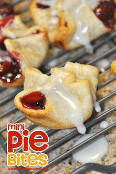 Mini Pie Bites let everyone have their favorite flavor! Super easy and quick to make, you better make a double batch ;)