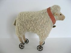 VTG ANTIQUE PUTZ WOOLY LAMB SHEEP ON WHEELS PULL TOY CHRISTMAS STEIFF? GERMANY?
