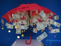 Geld cadeau geven: 7 originele manieren | Lisette Schrijft 50 50 Raffle, Raffle Prizes, Fundraiser Baskets, Raffle Baskets, Fundraiser Raffle Ideas, Free Notebook, Auction Baskets, Build A Blog, Family Budget