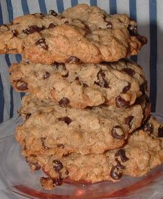 Recipe for Small Batch Jumbo Oatmeal Raisin Cookies from BakeSpace.com