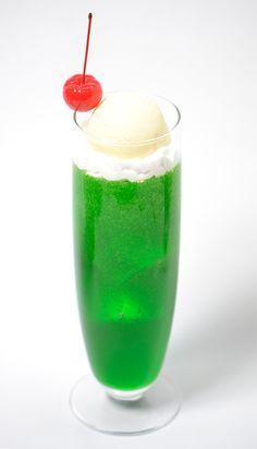 メロンクリームソーダ <3 !!! It's the best drink ever! :3