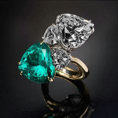 """""""YOU AND ME"""" simply mesmerising duet of white diamond and emerald in a magnificent ring from the classics of #VeschettiCollection"""