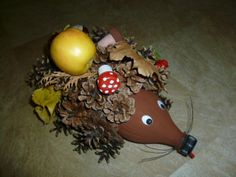 jezko detom do skolky Wreaths, Halloween, Creative, Handmade, Relax, Home Decor, Hand Made, Decoration Home, Door Wreaths