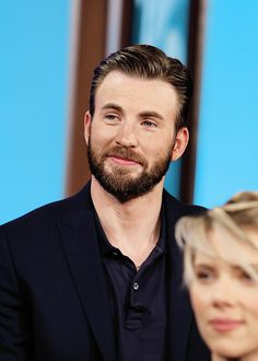 Chris Evans and Scar Jo