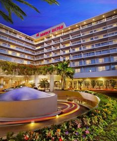 The Beverly Hilton Hotel #LA #Travel
