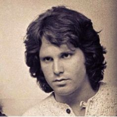 geogerous Jim Morrison…loved his music…so many memories…Riders of the Storm! The Doors Jim Morrison, Van Morrison, Jim Morison, Daddy I Love You, Ex Bf, Riders On The Storm, American Poets, Light My Fire, Axl Rose