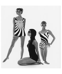 Op Art-Swimsuit – Hamburg 1966   Film und Frau Magazine  © F.C. Gundlach