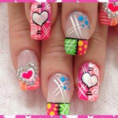 Having short nails is extremely practical. The problem is so many nail art and manicure designs that you'll find online Cute Nails, Pretty Nails, Nail Art Inspiration, Triangles, Geometric Nail Art, Ugly To Pretty, Flower Nails, Cute Nail Designs, Nail Art Galleries