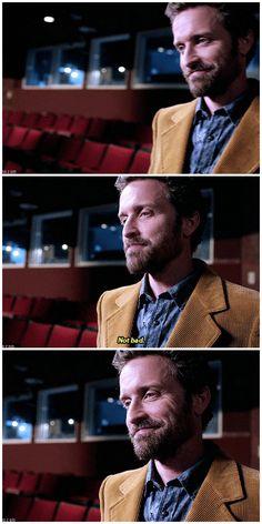 J'ai presque pleuré quand j'ai vu cette scène ! Chuck ! C'est l'un de mes personnages préférés !