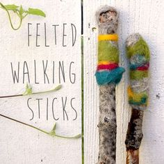 Use wet felting to turn fallen branches into pretty walking sticks. This strikes me as a really good way to encourage walking-a home made personalised walking stick. Nuno Felting, Needle Felting, Felt Crafts, Diy Crafts, Garden Crafts, Wooly Bully, Crafts For Kids, Arts And Crafts, Felting Tutorials