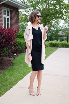 Wishes & Reality: Relaxed Trench and a Black Midi Skirt