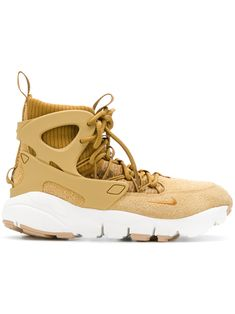 buy popular cfefa 2aa04 Nike Air Footscape Mid高帮运动鞋 - Farfetch