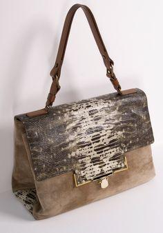 a2761ffce4 Lanvin Bolso de hombro Chanel Handbags, Fashion Handbags, Louis Vuitton  Handbags Sale, Tote