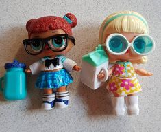 Teacher's pet vs Go Go Gurl... #happymemories #myfirstborn #lifeofmom #mummyproud #mummylove #lifeissimple #2ndborn #sistersforlife #sistersforever #lolsurprisedolls #lolsurpriseglitterseries #lolsurpriseconfettipop