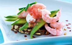 Julefrokost - julefrokostretter til din menu - Arla Danish Food, International Recipes, Tapas, Potato Salad, Shrimp, Seafood, Sandwiches, Good Food, Food And Drink