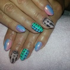 Syrenka, rapodograf o ombre :) #semilac #diamondcosmetics #ilovesemilac #nailart #nails #hybryda #hybrid #manicure #mani #nailstyle #ombre #instanails #rapidograf #rapidoart #efektsyrenki