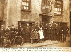 Cross Keys, St Mary St circa 1898 Swansea Bay, Swansea Wales, Cardiff Pubs, Cymru, British History, South Wales, Old Pictures, Beautiful World, Castle