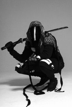 This ninja is taking no chances on his or her identity being discovered! lol.