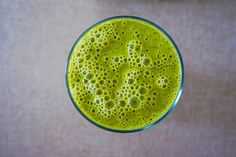 Healthy Smoothie Recipes For Weight Loss.Reliable Guidelines For Introducing Nutrition With Green Smoothies Weight Loss Tea, Lose Weight, Reduce Weight, Spirulina Alge, Anti Pickel Creme, Celery Juice Benefits, Anemia, Juice Cleanse Recipes, Detox Recipes