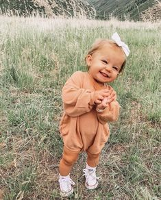 Cute Little Baby, Lil Baby, Cute Baby Girl, Little Babies, Baby Love, Cute Babies, Baby Kids, Future Mom, Baby Outfits